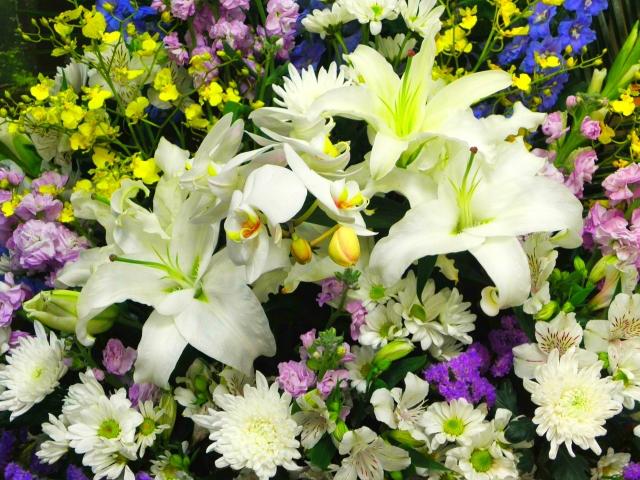 父の日にどんな花束をプレゼントする?花束を贈るメリットや選び方のコツ