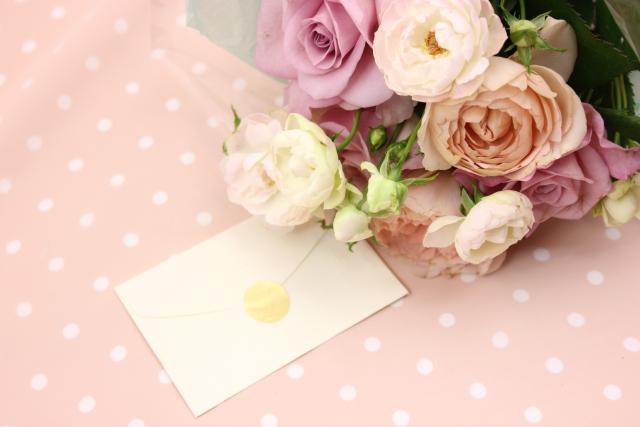 母の日にプレゼントするフラワーアレンジメント~おすすめの理由と選び方のコツ~