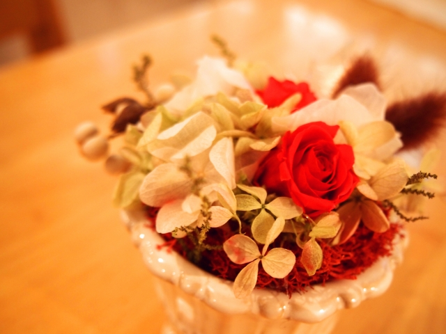 母の日の人気ギフト!特別な花・プリザーブドフラワーを贈ろう