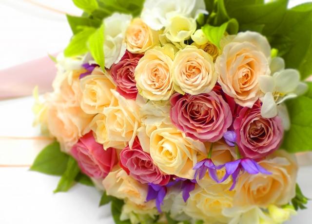 大切な人のお祝いに花束をプレゼントしよう!選び方のポイント