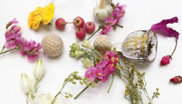 今日から花のある暮らしを!簡単すぎるハーバリウムの作り方