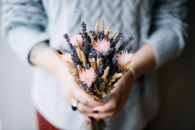 フラワーワークショップとは?手作りを通して花の魅力を追求しよう