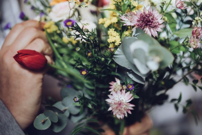 おすすめの春らしい花束