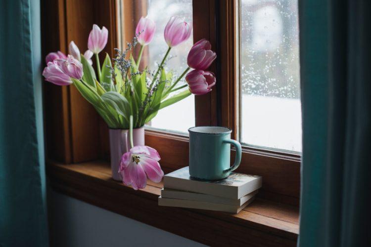 花のある暮らしを楽しもう!花の生け方の基本と簡単な飾り方