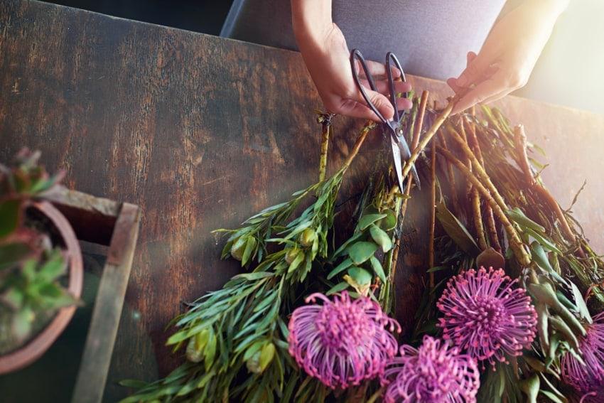 花を飾る前にしておきたい下準備