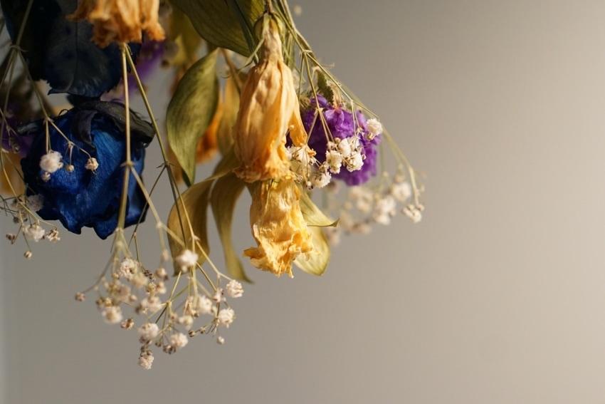 ドライフラワーでできた花束