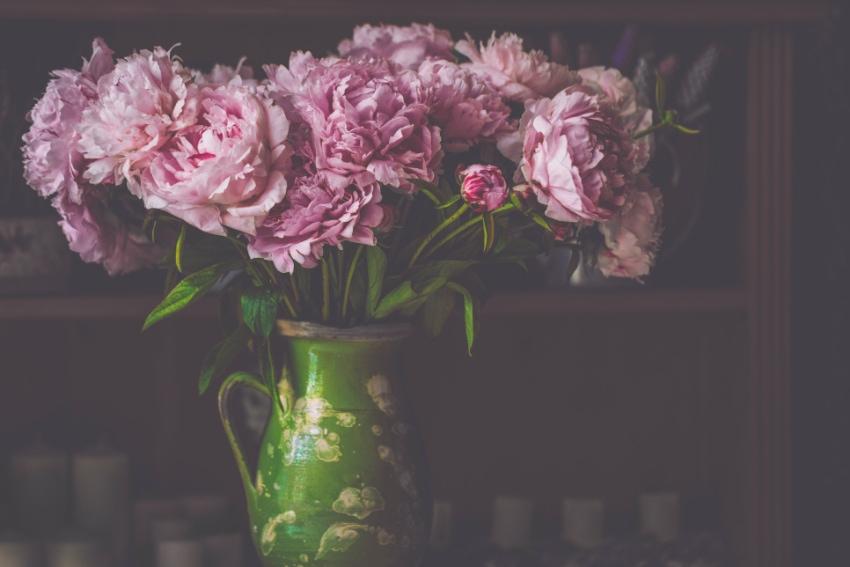 陶器の花瓶