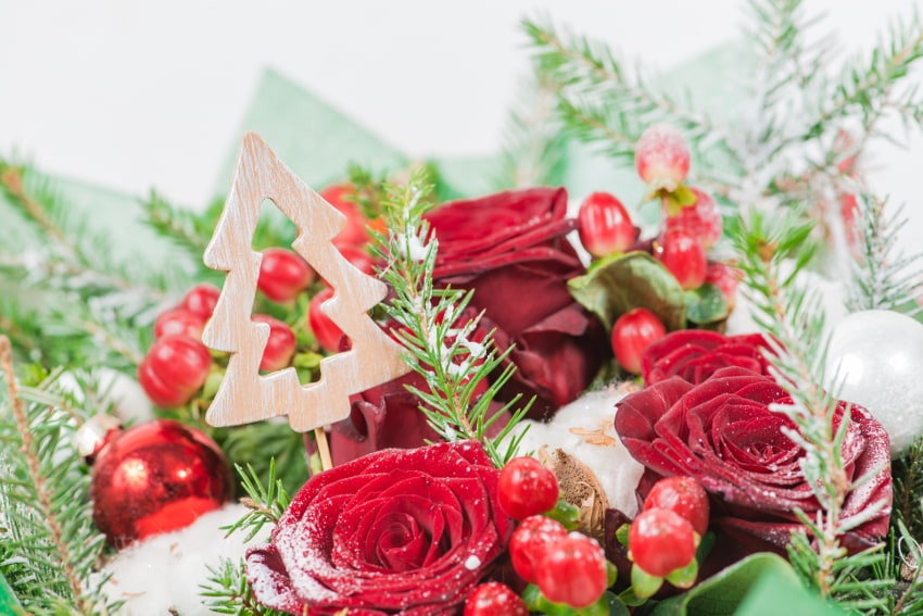 クリスマスらしい花束の選び方
