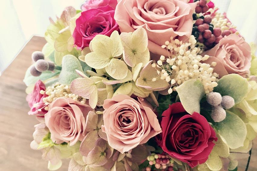 プリザーブドフラワーは、ずっと飾れる本物の花
