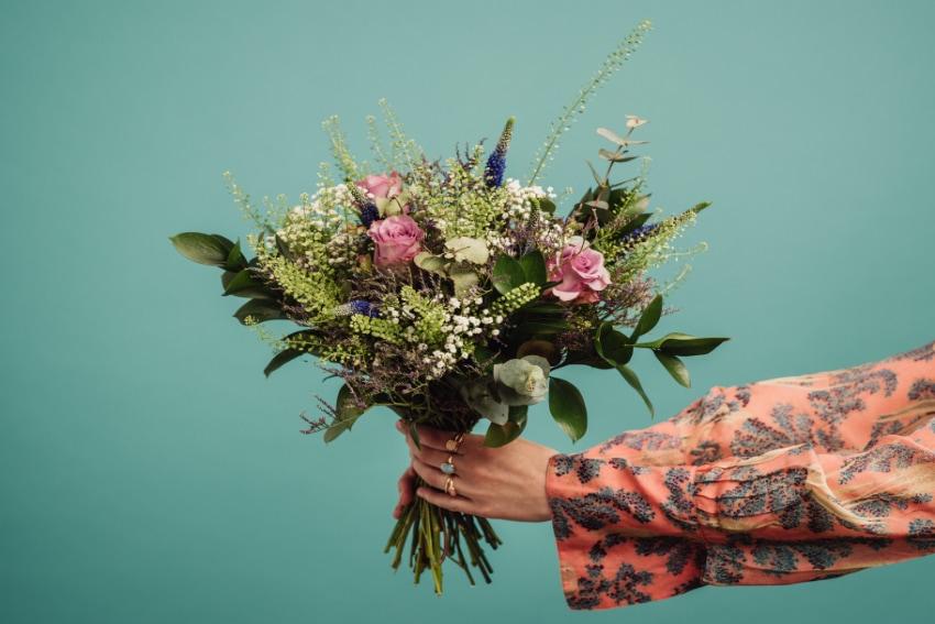 祖父母に花束を贈るときの注意点