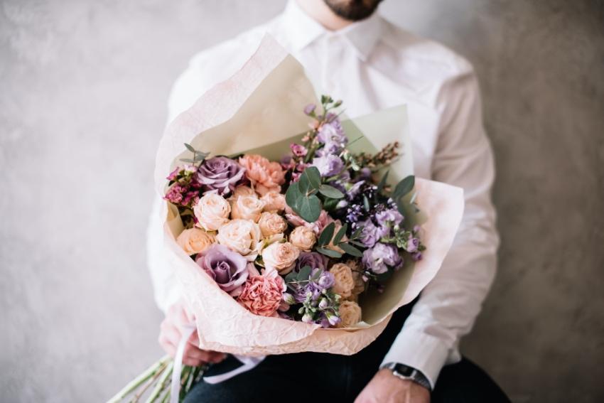 花束を贈るときの注意点とは