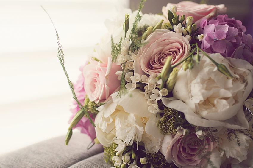 生花の花束やフラワーアレンジメント