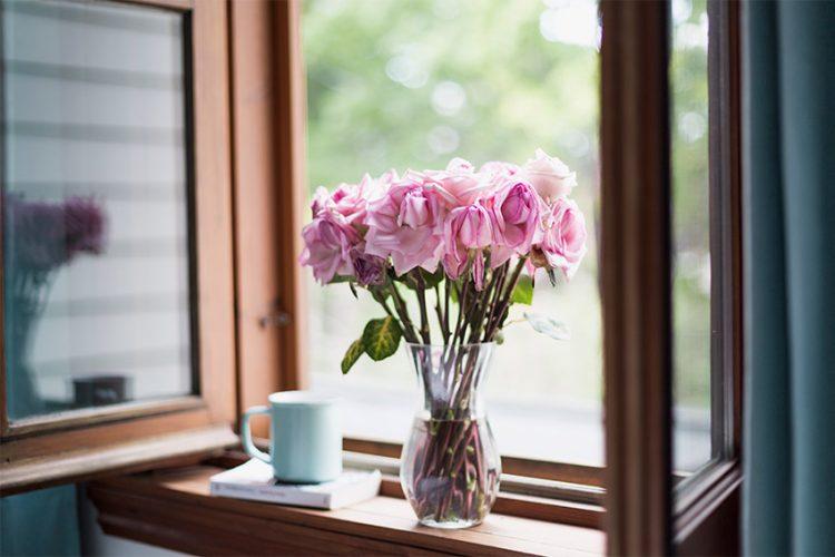 お気に入りの生花を長く楽しみたい!長持ちさせるための方法とは?