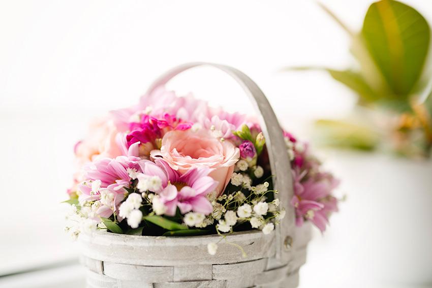 部屋の雰囲気に合わせた花選び