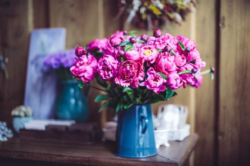 花瓶に合わせて花を選ぼう