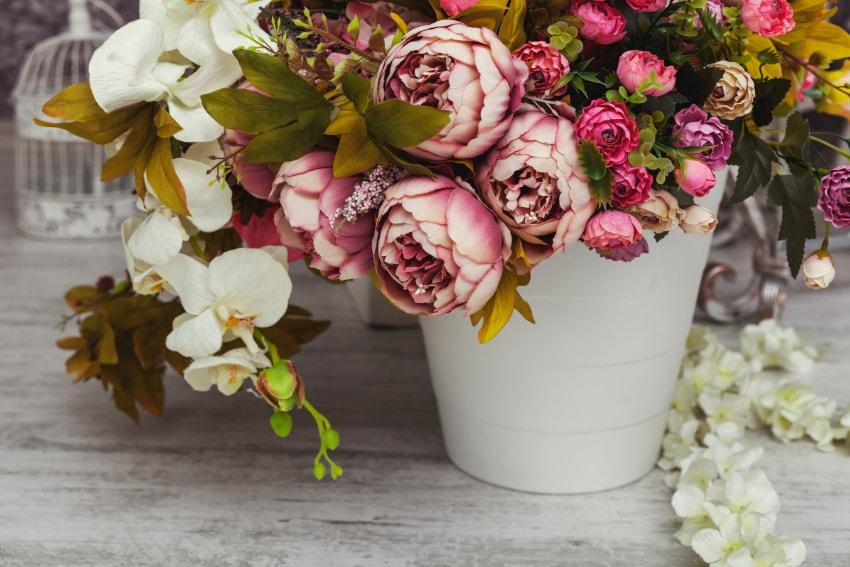 飾れる場所が多いのも造花の魅力