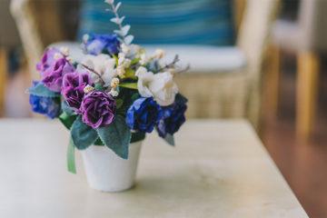 玄関に花を飾ろう!家の第一印象を明るくする飾り方のポイントとは