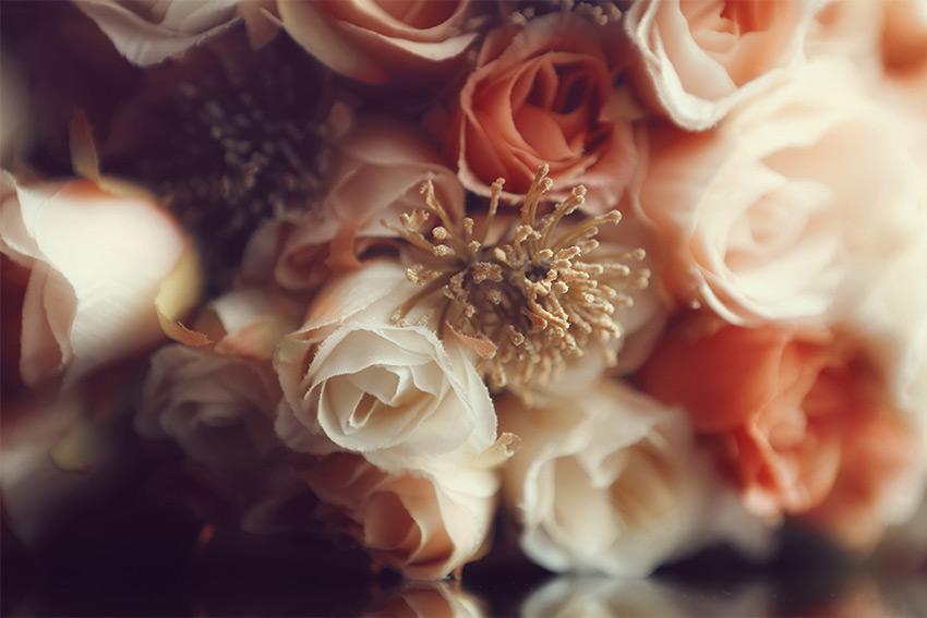 「造花」と「アーティフィシャルフラワー」の違いは?