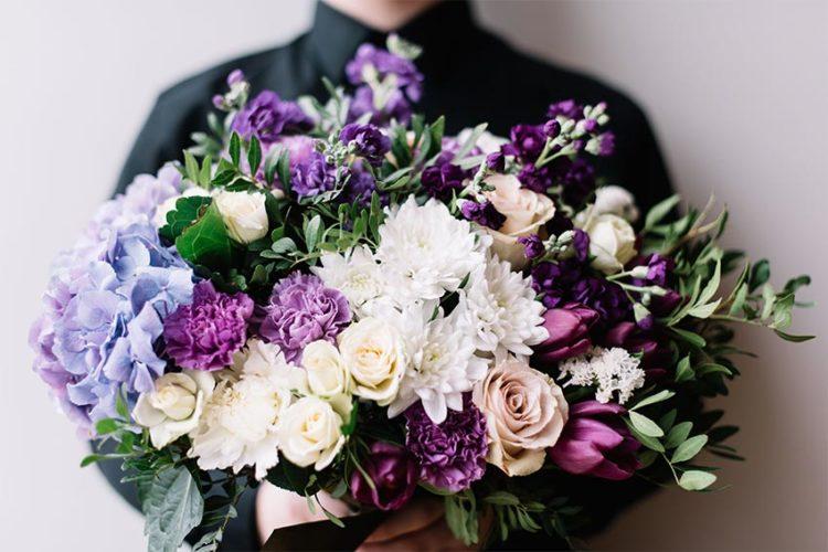 父の日には花束をプレゼントしよう!花の選び方ときれいな状態を保つ方法をご紹介